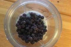 Heidelbeeren-im-smoothie