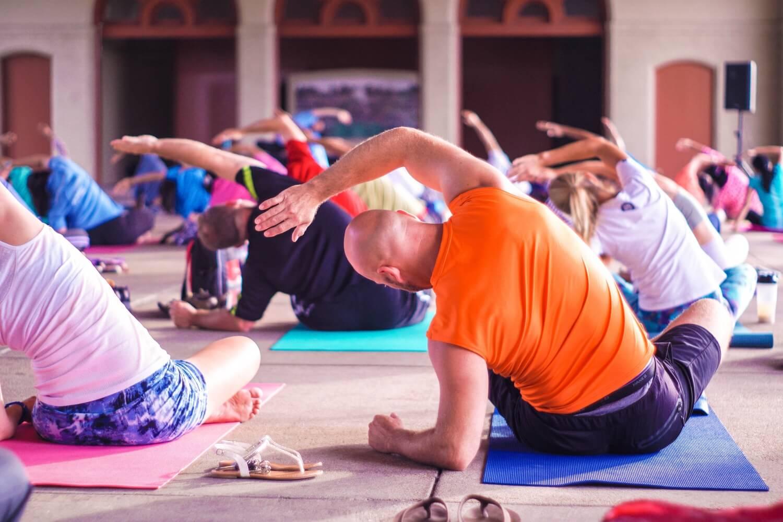 Fange heute noch mit Yoga an - So geht es! - strongmonkey.de