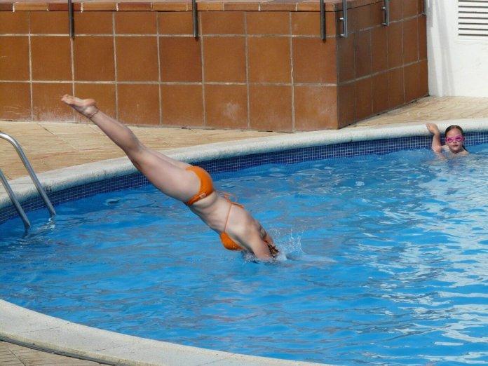 sport im eigenen pool aquafitness